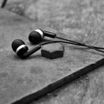 【予言者育成学園攻略】問76.「耳の日」にイヤホン・ヘッドホンの売れ筋1位になるメーカーは?【FTA予想】